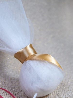 Μπομπονιερα γάμου με λευκο γαλλικό τούλι